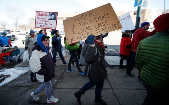 4fbe9c91-c050-4156-9489-f2d9b4eccb4a-AP_Denver_Teachers_Strike
